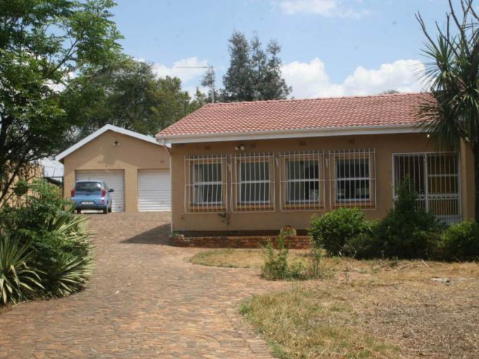 4 Bedroom House to Rent in Randburg - Property to rent - MR226632