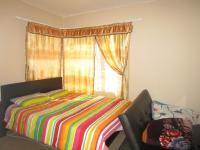 Main Bedroom - 18 square meters of property in Willowbrook
