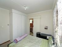Main Bedroom - 13 square meters of property in Northgate (JHB)