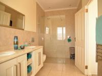 Main Bathroom of property in Somerset West