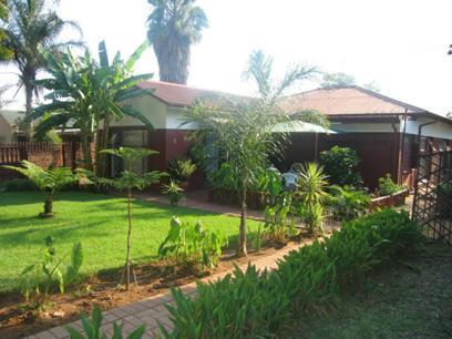 3 Bedroom House For Sale in Rietfontein - Private Sale - MR23090