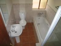 Bathroom 1 - 6 square meters of property in Montana Tuine
