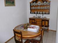 Dining Room - 25 square meters of property in Queenswood