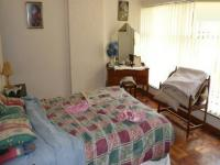 Main Bedroom - 22 square meters of property in Queenswood