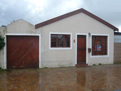 2 Bedroom House for Sale For Sale in Wynberg - CPT - Private Sale - MR23250
