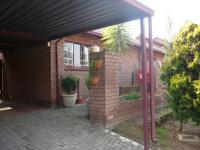 3 Bedroom 2 Bathroom Simplex for Sale for sale in Garsfontein