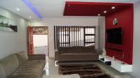 Lounges - 21 square meters of property in Tongaat