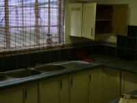 Kitchen - 21 square meters of property in Hartbeespoort