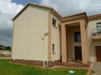 5 Bedroom 4 Bathroom in Raslouw