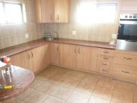 Kitchen - 44 square meters of property in Raslouw