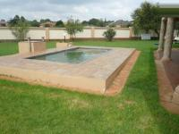 Backyard of property in Raslouw