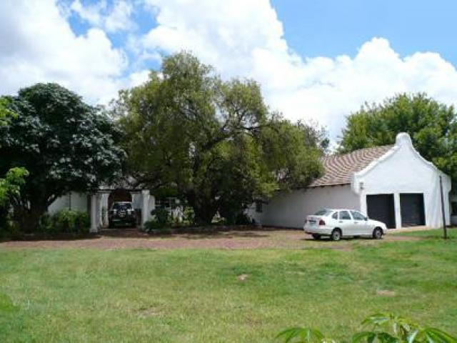 5 Bedroom House for Sale For Sale in Raslouw - Home Sell - MR23316