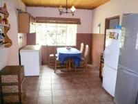 Kitchen - 31 square meters of property in Raslouw