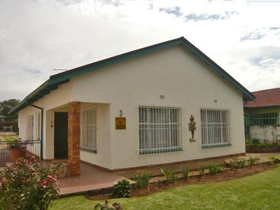 3 Bedroom House For Sale in Germiston - Home Sell - MR23328
