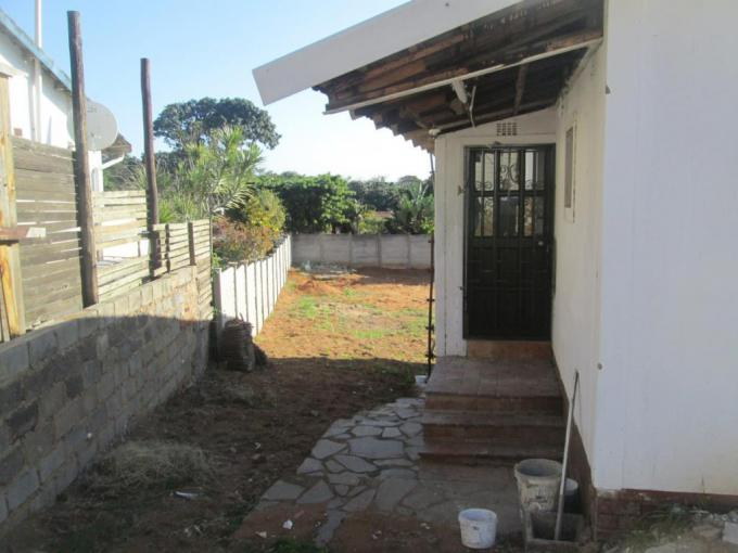 5 Bedroom House for Sale For Sale in Athlone Park - MR233686