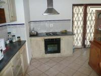 Kitchen - 14 square meters of property in Montana Park