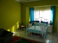 Bed Room 2 - 23 square meters of property in Parow Central