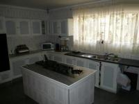Kitchen - 32 square meters of property in Parow Central