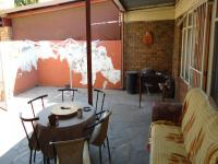 Patio - 14 square meters of property in Brakpan