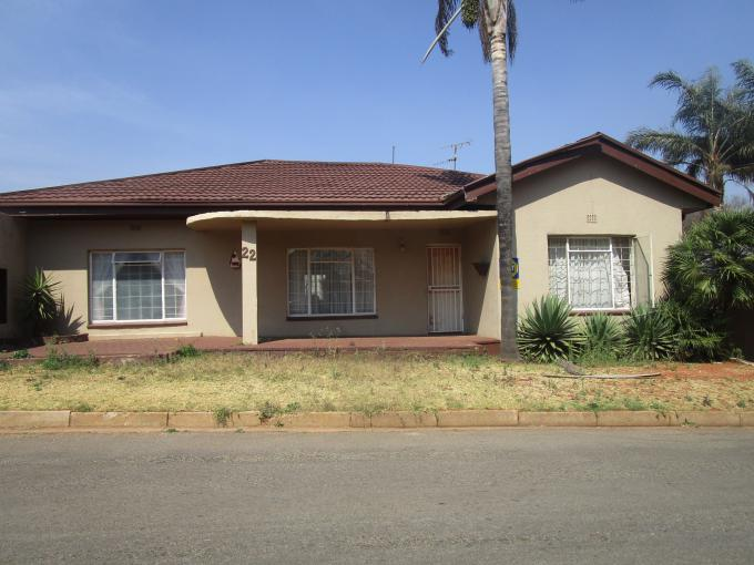 Standard Bank EasySell 3 Bedroom House for Sale in Roodepoort North - MR237472