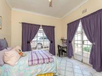 Bed Room 1 - 18 square meters of property in Roodepoort North