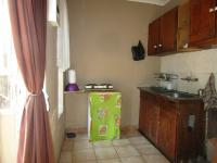 Kitchen - 41 square meters of property in Roodepoort North