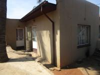 Spaces - 12 square meters of property in Roodepoort North