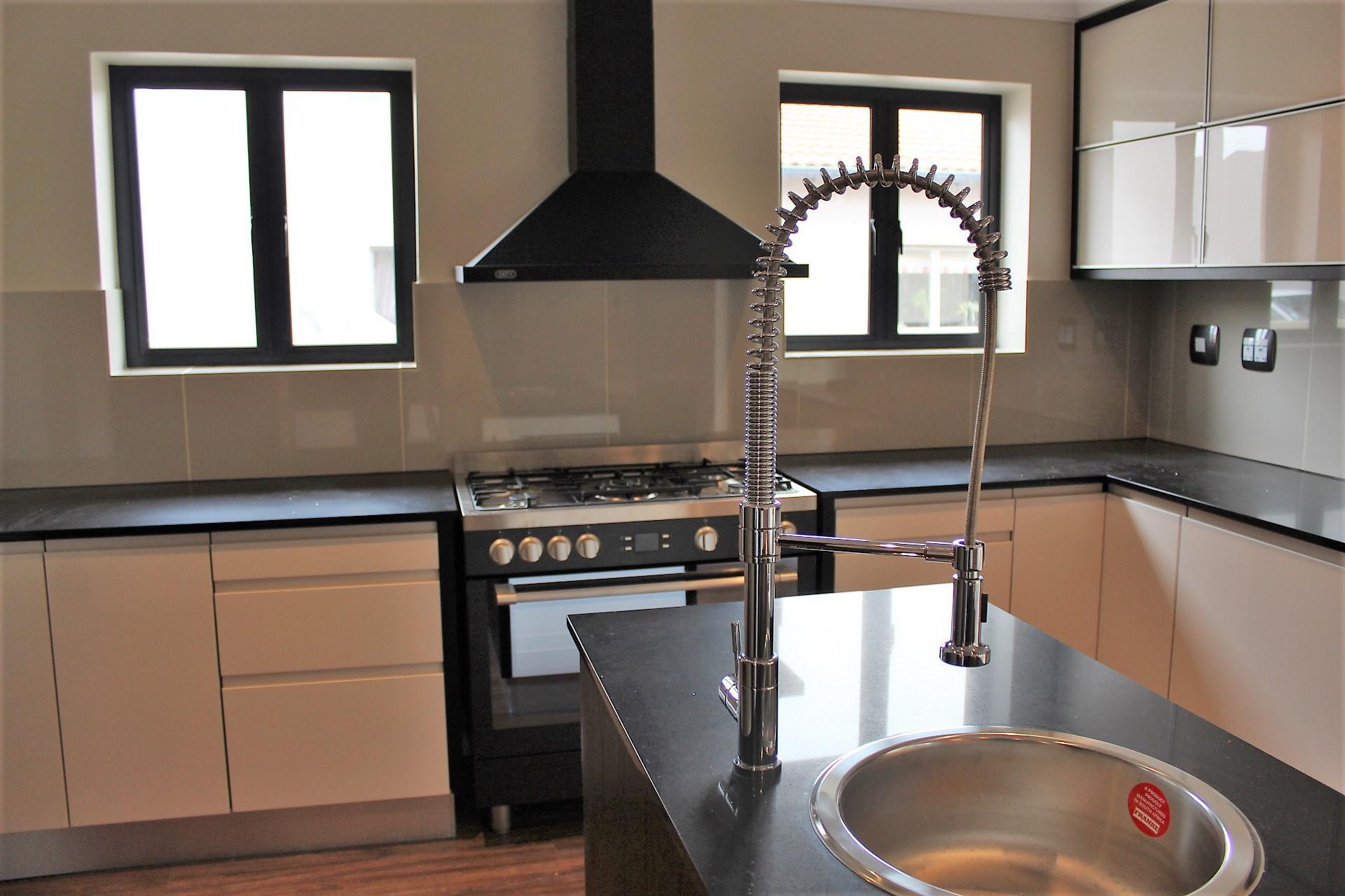 4 Bedroom House For Sale For Sale In Durbanville Mr237480 Myroof