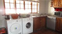 Kitchen - 2 square meters of property in Douglasdale