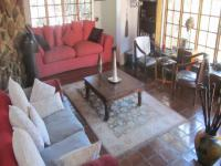 Lounges - 2 square meters of property in Douglasdale
