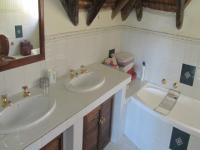 Main Bathroom - 9 square meters of property in Douglasdale