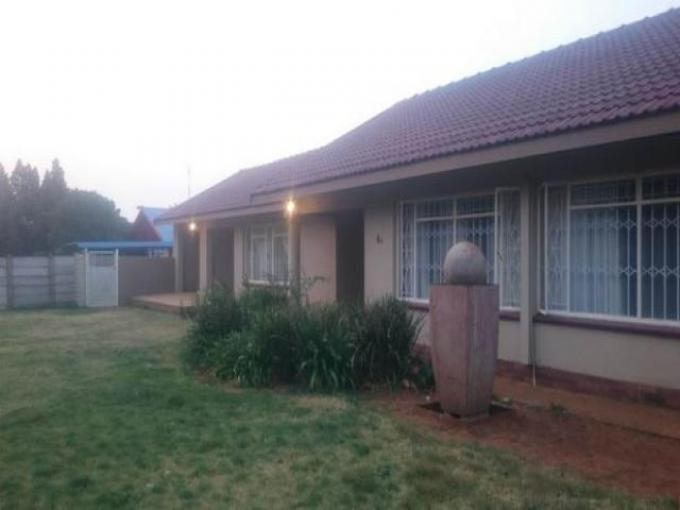 Standard Bank EasySell 3 Bedroom House for Sale in Flamwood - MR237683