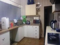 Kitchen of property in Flamwood