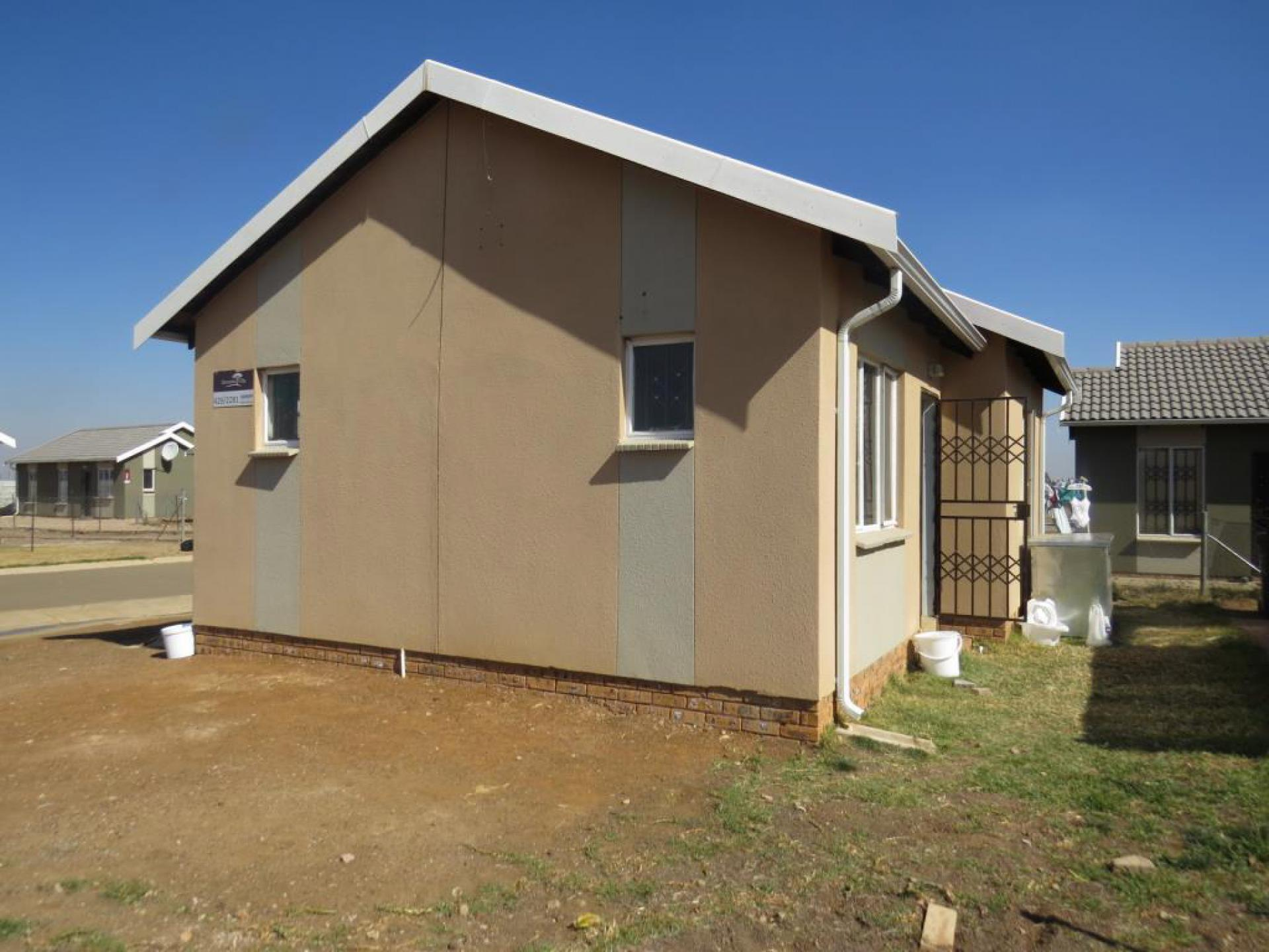 2 Bedroom House For Sale For Sale In Savanna City