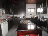 Kitchen - 34 square meters of property in The Hill