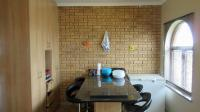 Kitchen - 18 square meters of property in Ruwari