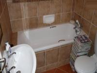 Main Bathroom - 5 square meters of property in Eco-Park Estate