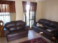 Lounges - 12 square meters of property in Parklands
