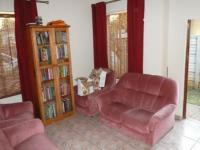 Lounges - 15 square meters of property in Roseville