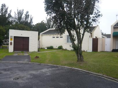 4 Bedroom House for Sale For Sale in Edgemead - Home Sell - MR24259