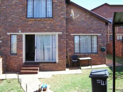 3 Bedroom House for Sale For Sale in Johannesburg North - Private Sale - MR24282
