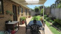 Patio - 18 square meters of property in Durbanville