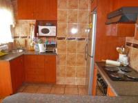 Kitchen - 3 square meters of property in Claremont - JHB