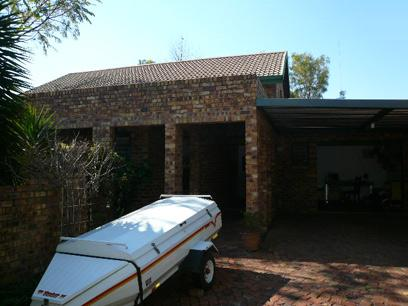 3 Bedroom House for Sale and to Rent For Sale in Garsfontein - Private Sale - MR24371