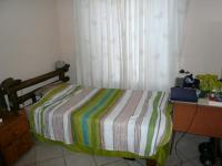 Bed Room 1 - 10 square meters of property in Monavoni