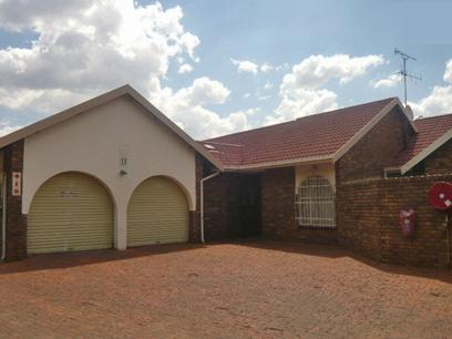 3 Bedroom Cluster for Sale For Sale in Kempton Park - Home Sell - MR24417