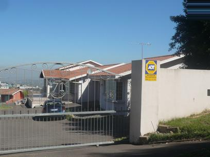 Standard Bank Repossessed 4 Bedroom House For Sale in Kloof  - MR24466