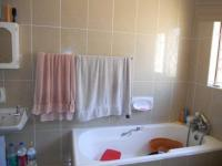 Main Bathroom - 7 square meters of property in Durban North