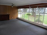 Lounges - 31 square meters of property in Brakpan
