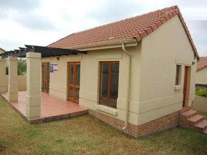 Standard Bank Repossessed 2 Bedroom Apartment for Sale For Sale in Maroeladal - MR24536